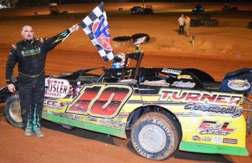 Turner Outruns Thomas, Rain For Penton NeSmith Win