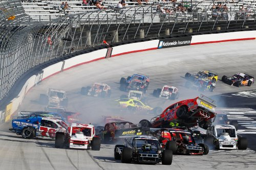 Ron silk scores whelen modified victory at bristol for Las vegas motor speedway open track days