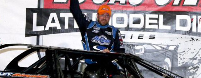 Jonathan Davenport passed Scott Bloomquist with ten laps to go and went on to win Friday night's Winternationals event at East Bay Raceway Park in Tampa, FL. The win is […]