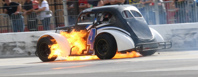 Under sunny skies Saturday at Atlanta Motor Speedway on the quarter-mile Thunder Ring, Legends and Bandolero drives honed their skills in an off-season non-points race. Scott Moseley dominated the Master's […]